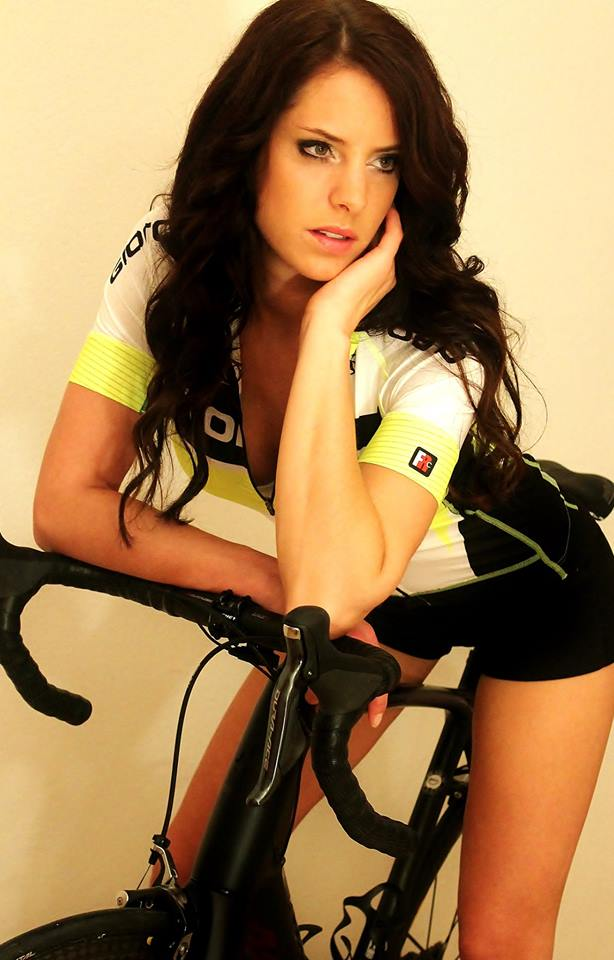 sexy-girls-bikes (51)