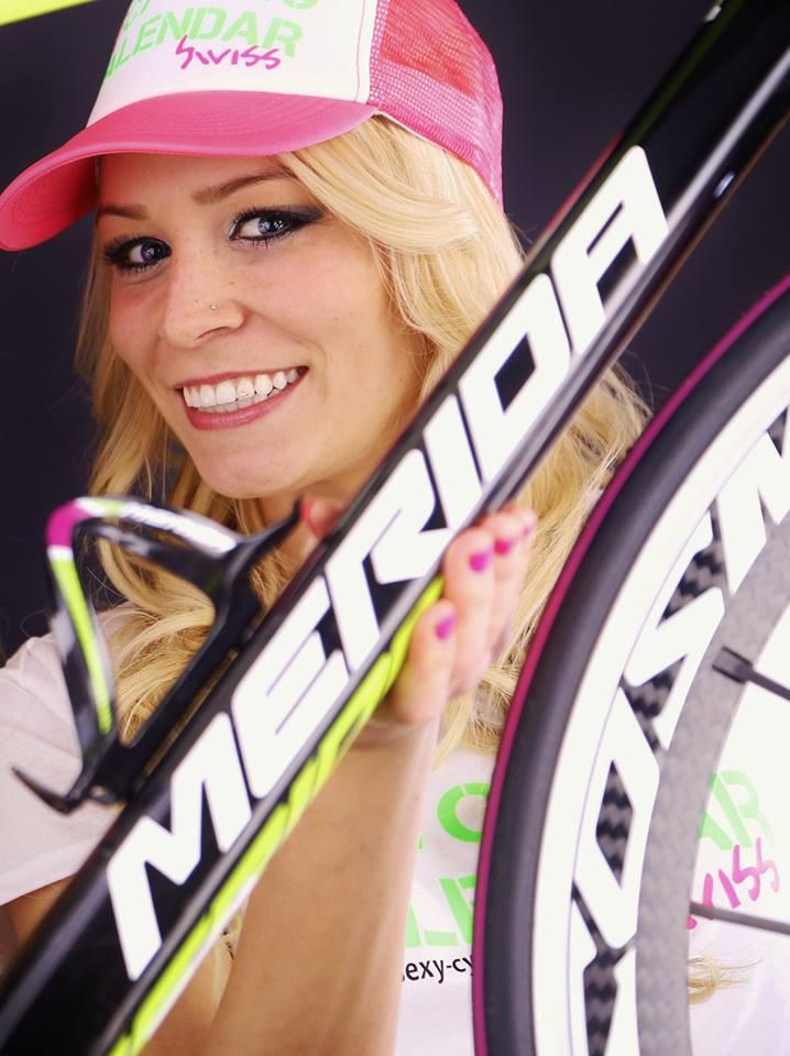 sexy-girls-bikes (56)
