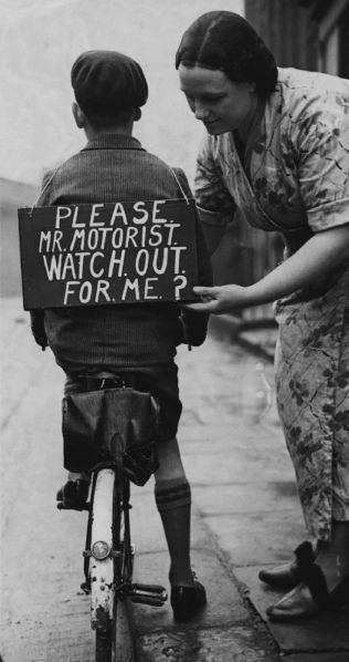 У велосипедиста не девять жизней, будьте осторожны