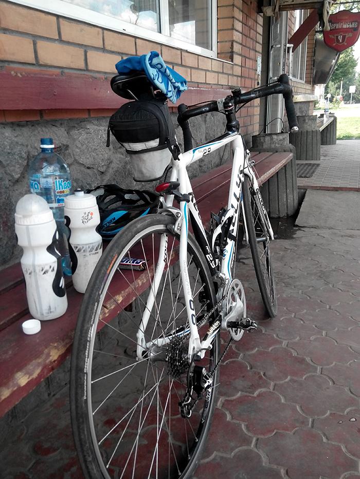 велосипед и фляги