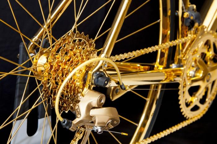gold-bike-1280x800_2