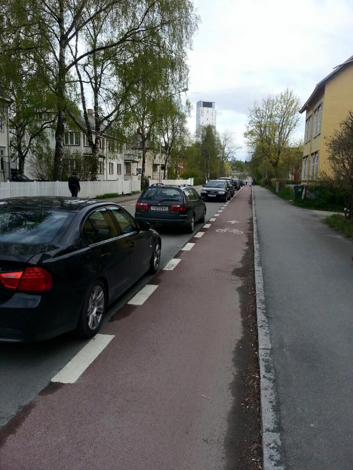 Норвегия, велодорожки и автомобили