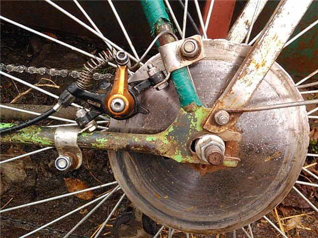 Дисковый тормоз велосипеда