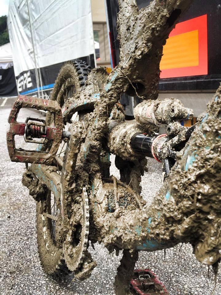 Таньки грязи не боятся или грязный велосипед