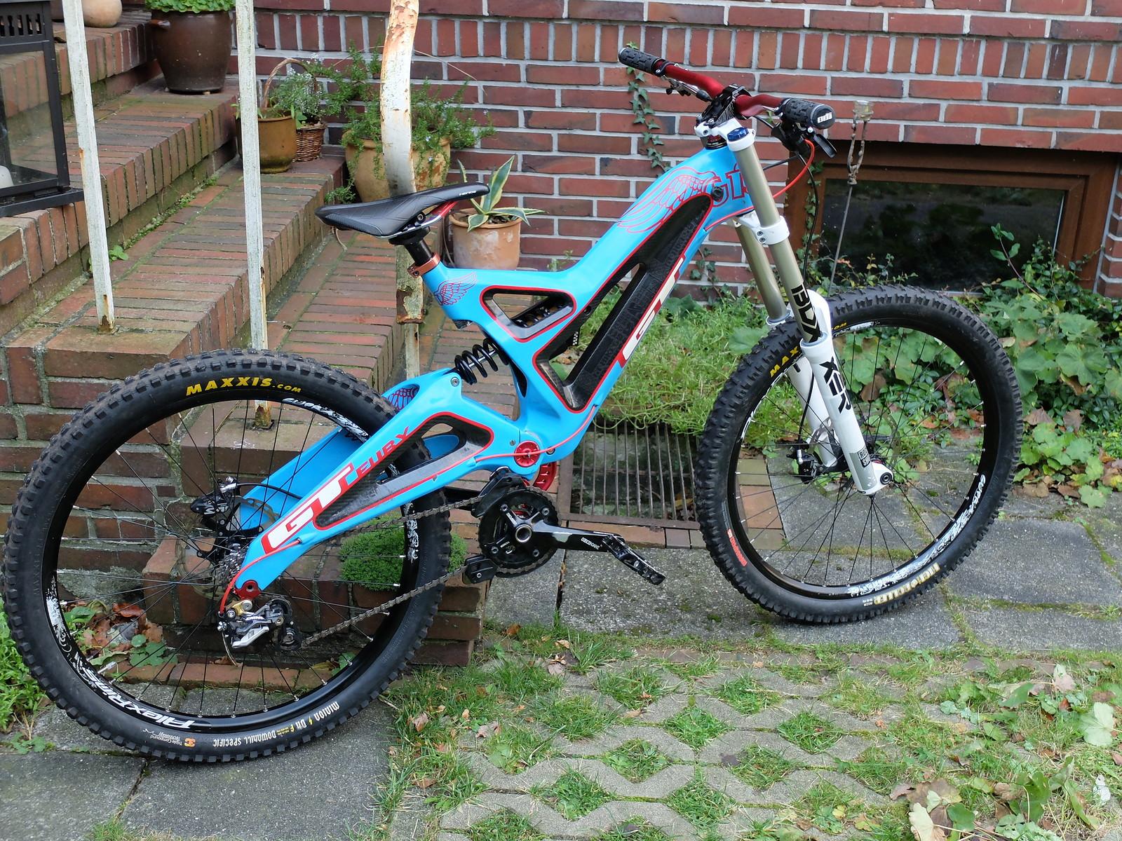 карбоновывй велосипед
