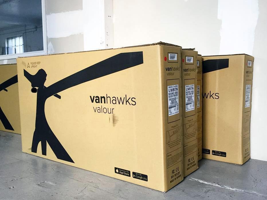 Vanhawks-Valour_smart-connected-city-bike_shipping