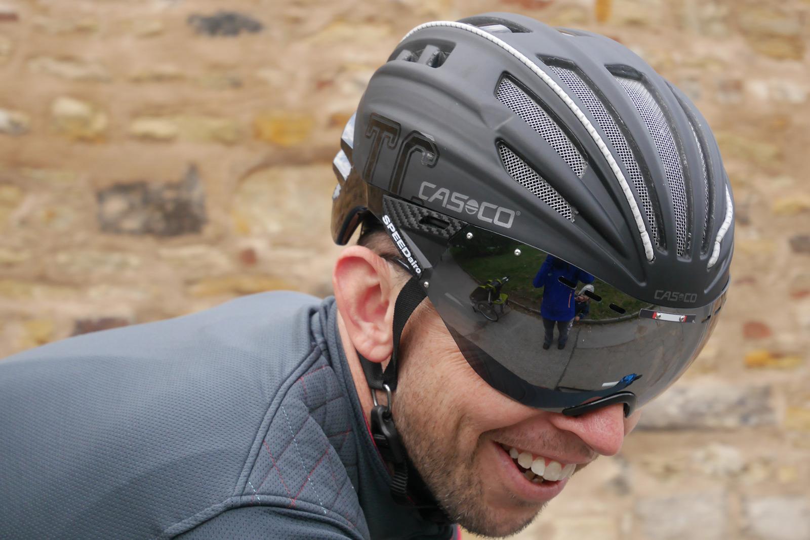 Casco_Speed-Airo-TCS-aero-road-helmet_castle