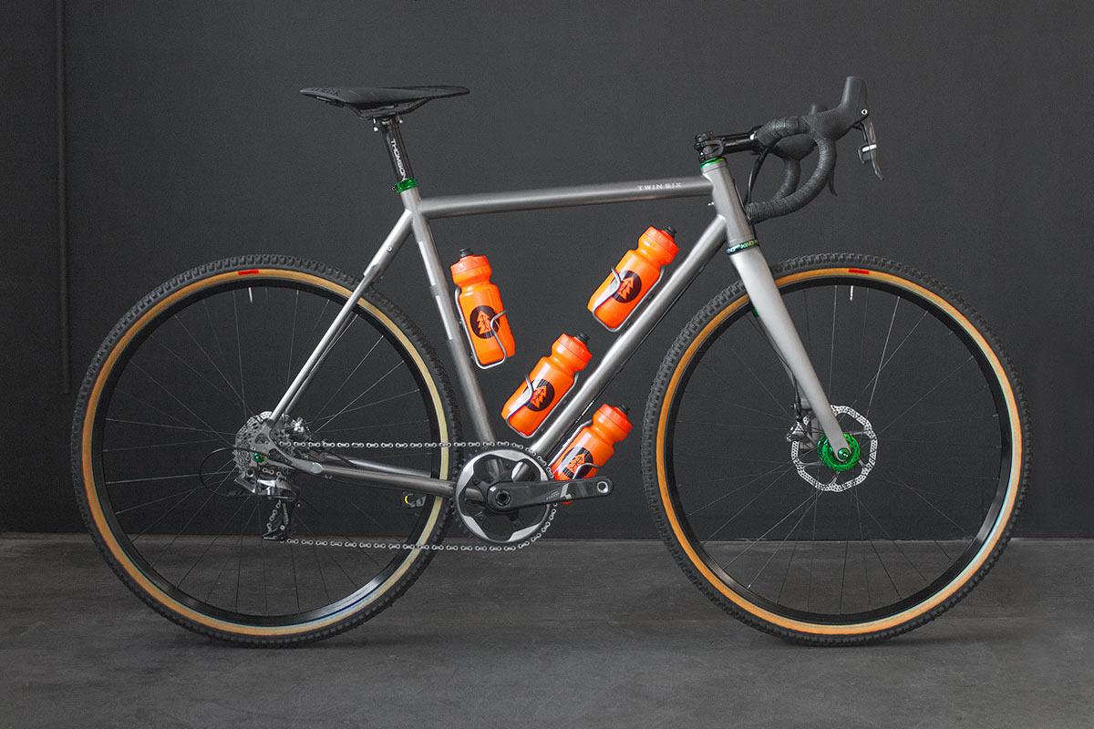 TwinSix-Standard-Rando-titanium-01