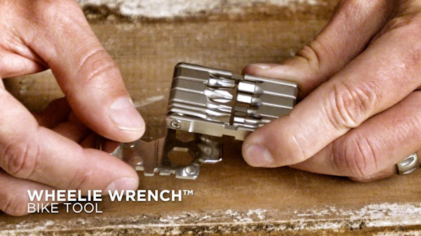 Fix-mfg-wheelie-wrench-with-text