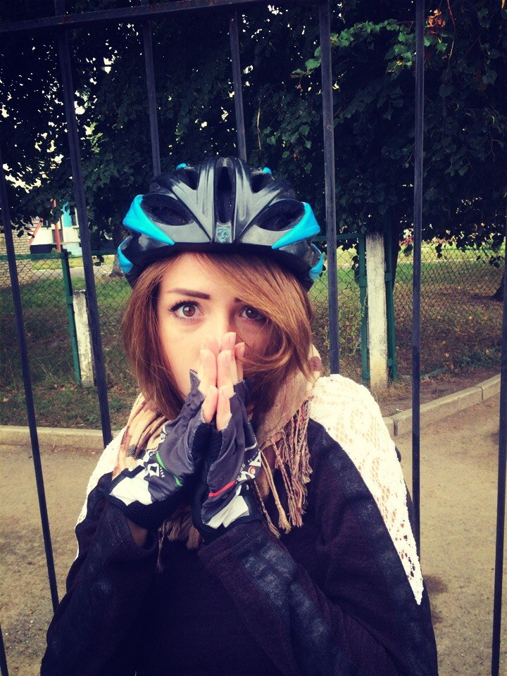 bike-grl-2