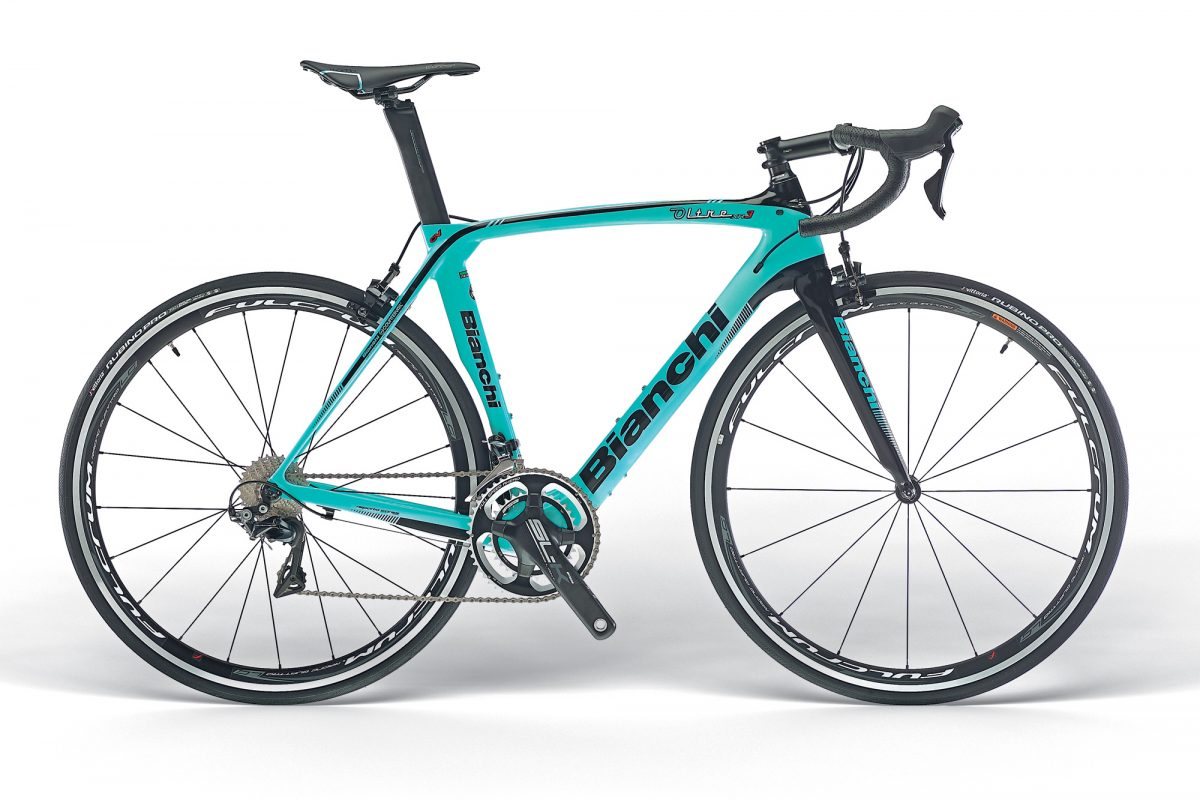 Bianchi-Oltre-XR3_mid-range-Countervail-carbon-vibration-damping-aero-road-race-bike_complete